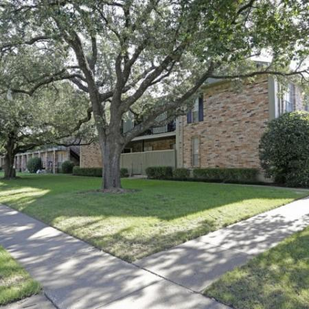 Apartments for rent in Richardson, TX | Belle Grove