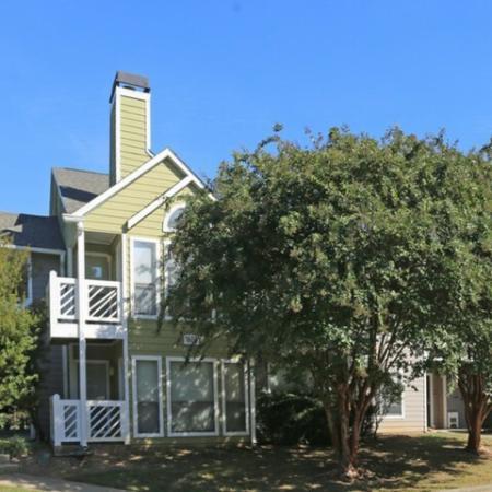 Apartment in Greensboro, NC | Park at Oak Ridge