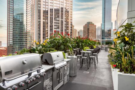 Community BBQ Grills | The Streeter Luxury Apartments