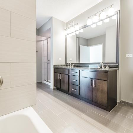 Luxurious Master Bathroom | The Streeter Luxury Apartments