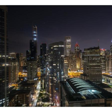 Apartment Homes in Chicago, IL | The Streeter