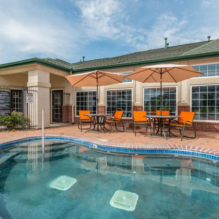 Swimming Pool | Lincoln Nebraska Apartments for Rent | The View