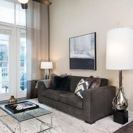 Open Hallway   Apartments For Rent In Oak Lawn Dallas   4110 Fairmount