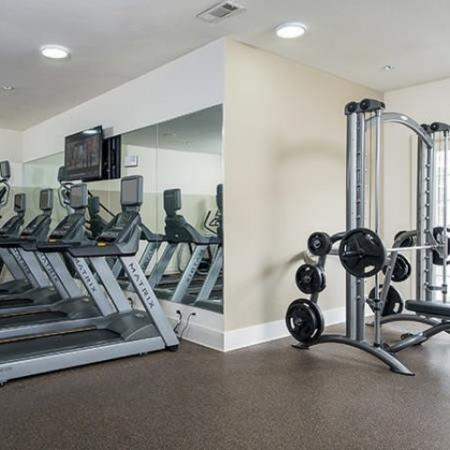 24-hour Fitness Center | Oak Lawn Dallas Apartments | 4110 Fairmount