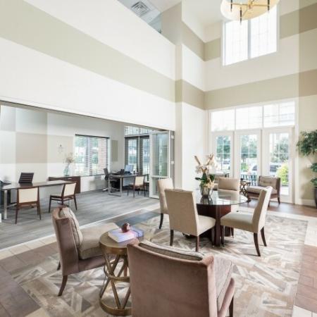 Elegant Community Club House | Oak Lawn Dallas Apartments | 4110 Fairmount 2