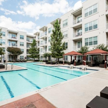 Resort Style Pool | Apartments In Oak Lawn Dallas | 4110 Fairmount