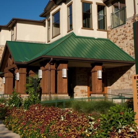Dallas Apartments In Knox Henderson | Fitzhugh Urban Flats