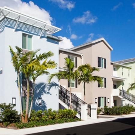 Pet Friendly Apartments In Delray Beach FL | The Franklin