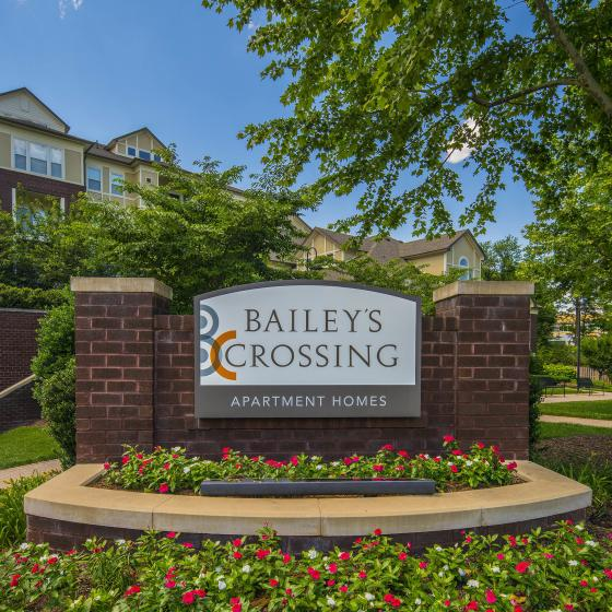 Bailey's Crossing Monument Sign