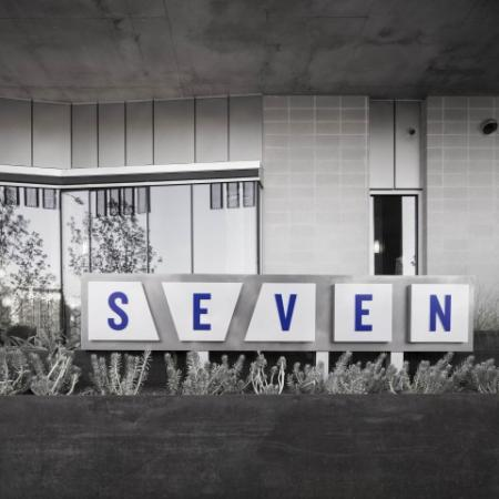 Seven Sign