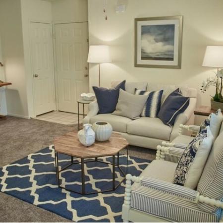 2X2 Living Area