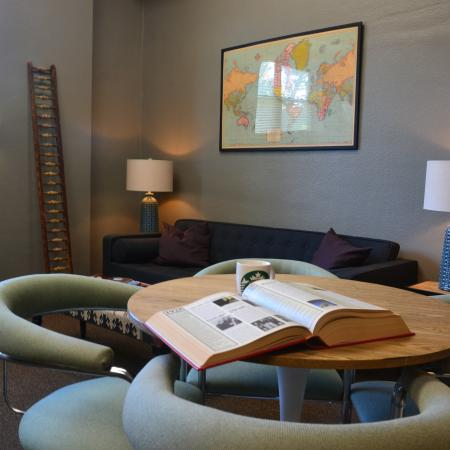 Resident Study Lounge | Apartments St Louis | Convent Gardens