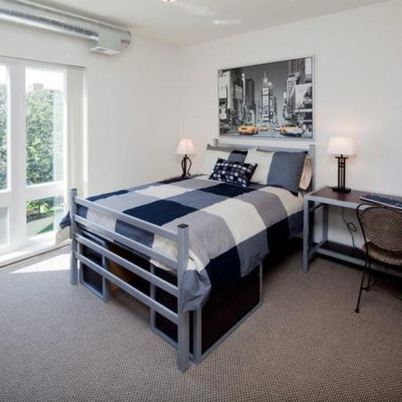 Edge On Oak Apartments Furnished Apartment Bedroom