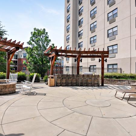 Campus Towers Apartments Lifestyle - Outdoor Lounge Area