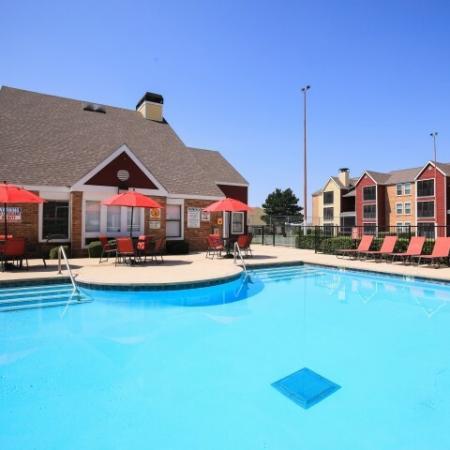 Post Oak Apartments Lifestyle - Pool