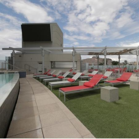 West Sixth Apartments Lifestyle - Sun Deck