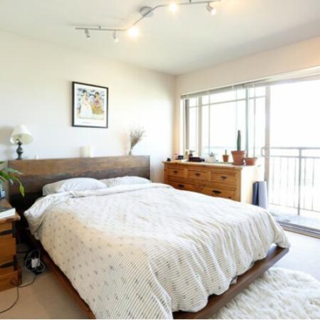 1x1 Classic Bedroom