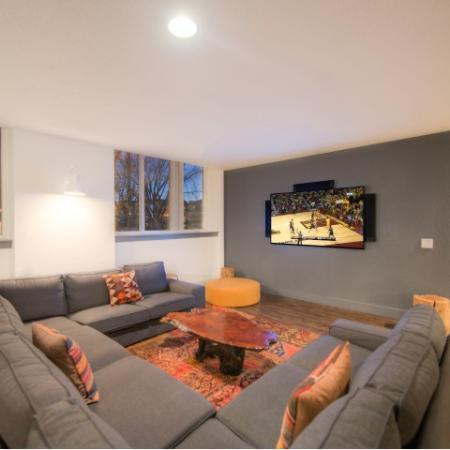 Community Theatre Room   Minneapolis MN Apartments For Rent   44 North