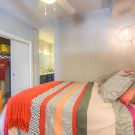 Elegant Shared Bedroom   Apartments Minneapolis, MN   44 North