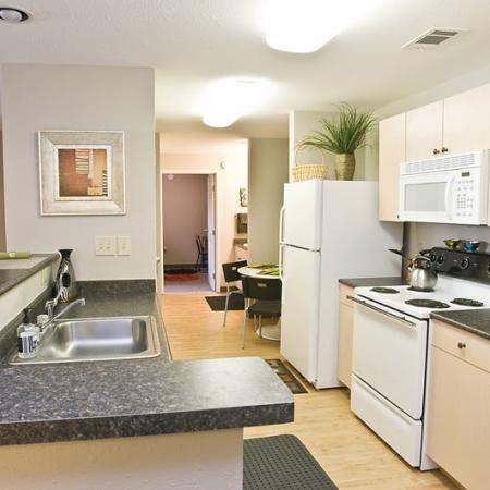 Elegant Kitchen   Apartments in Cincinnati, OH   CP Cincy