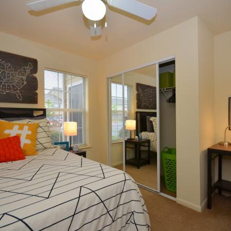 Residents in the Bedroom | Apartment Homes in Chicago, IL | Student Quarters Murfreesboro - Rutherford
