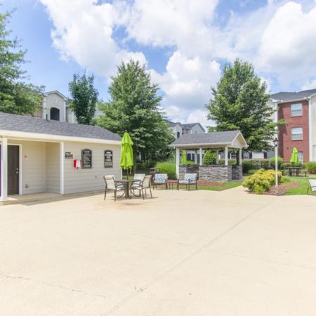 Community Sun Deck | Apartments in Murfreesboro, TN | The Pointe at Raiders Campus