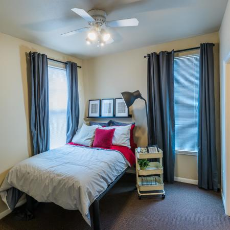 Elegant Bedroom | College Station TX Apartment For Rent | Parkway Place