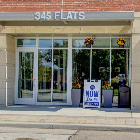 Apartments in Kent, OH | 345 Flats