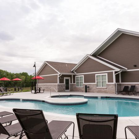 Swimming Pool | Apartment Homes in Edwardsville, IL | Enclave