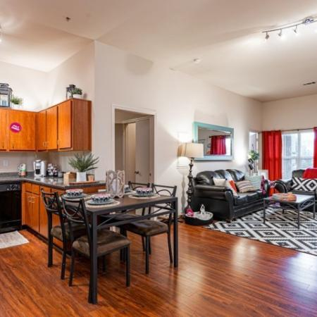 Spacious Dining Room | Apartment in Normal, IL | The Edge on Hovey