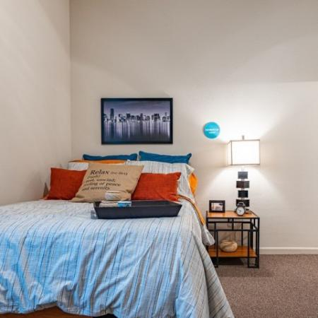 Residents in the Bedroom | Apartment Homes in Normal, IL | The Edge on Hovey