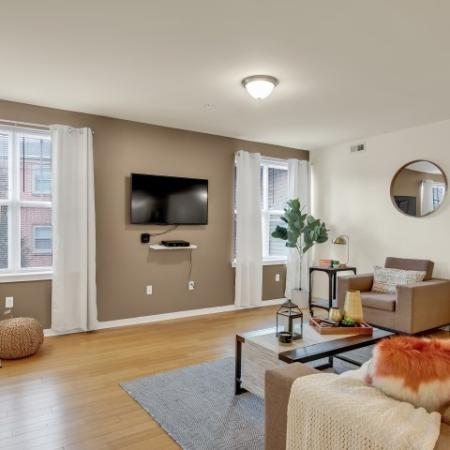 Spacious Living Room | Apartments in Newark, DE | Rittenhouse Station