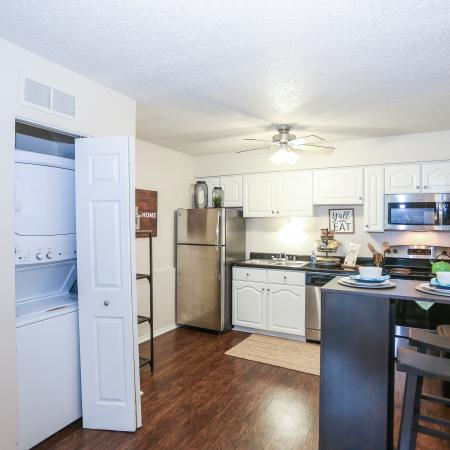 Modern Kitchen | Lawrence KS Apartment For Rent | The Rockland