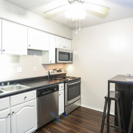 Elegant Kitchen | Apartments in Lawrence, KS | The Rockland