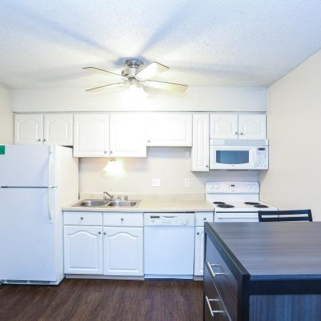 Luxurious Kitchen | Apartment Homes in Lawrence, KS | The Rockland