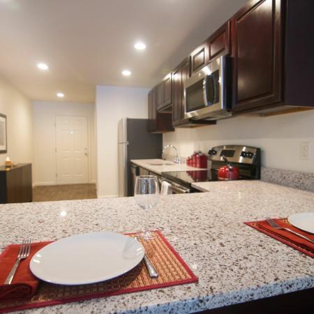 Elegant Kitchen | Apartments in Mansfield Center, CT | Meadowbrook Gardens