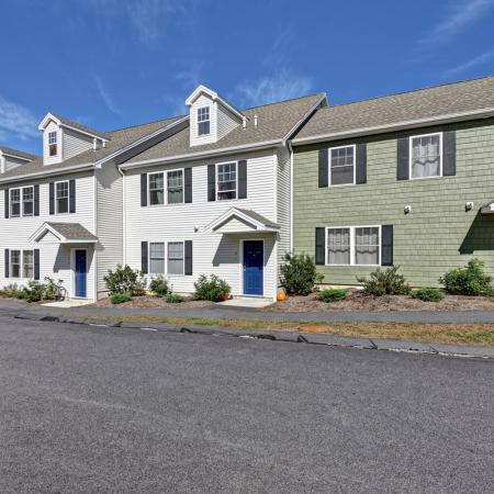 Apartments in Mansfield Center, CT | Meadowbrook Gardens