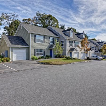 Apartment in Mansfield Center, CT | Meadowbrook Gardens