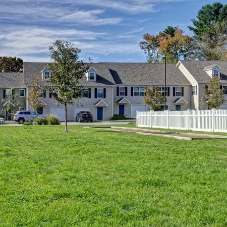 Mansfield Center CT Apartment For Rent | Meadowbrook Gardens
