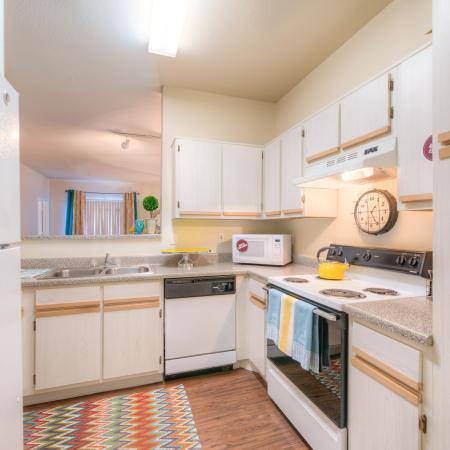 Modern Kitchen | College Station TX Apartment For Rent | Gateway at College Station