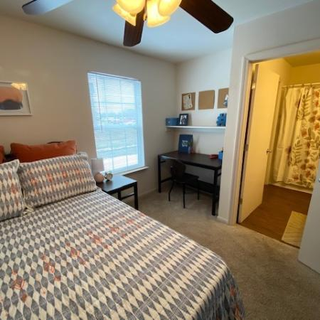 Residents in the Bedroom | Apartment Homes in Mt Pleasant, MI | University Meadows