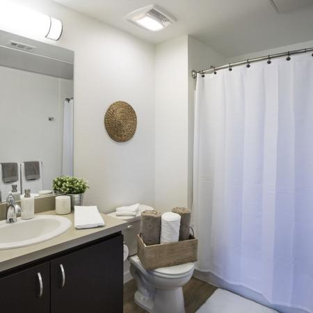 Spacious Bathroom   San Jose CA Apartment For Rent   27 North