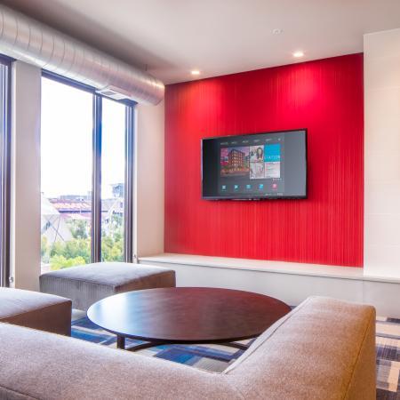Elegant Resident Club House | Minneapolis MN Apartment Homes | The Station on Washington