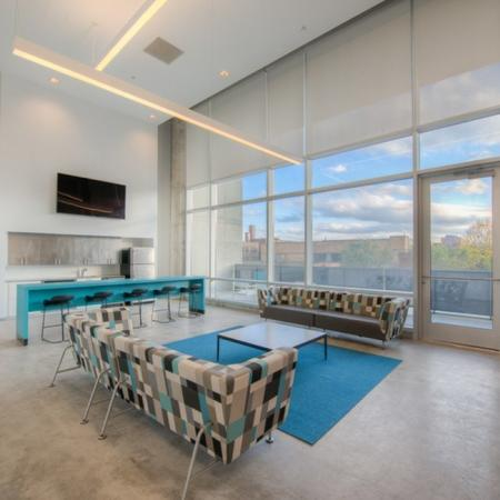 Spacious Resident Club House | Apartment in Chicago, IL | Vue 53