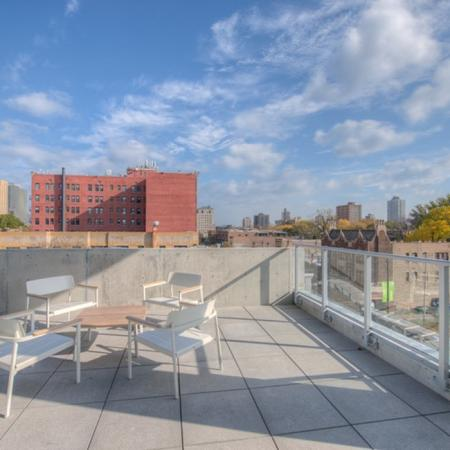 Resident Sun Deck | Chicago IL Apartment For Rent | Vue 53
