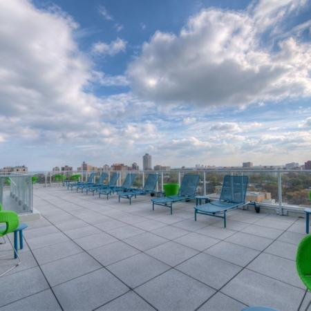 Residents Relaxing on the Sun Deck | Apartments for rent in Chicago, IL | Vue 53