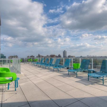 Residents Tanning on the Sun Deck | Apartment Homes in Chicago, IL | Vue 53