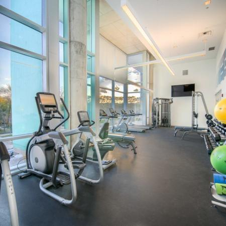 State-of-the-Art Fitness Center | Apartment Homes in Chicago, IL | Vue 53