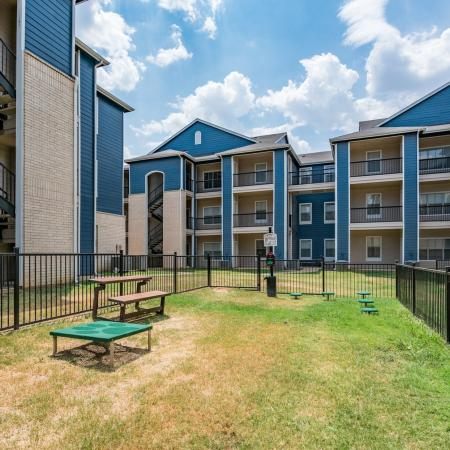 Resident Dog Park | Denton TX Apartment Homes | Castlerock at Denton