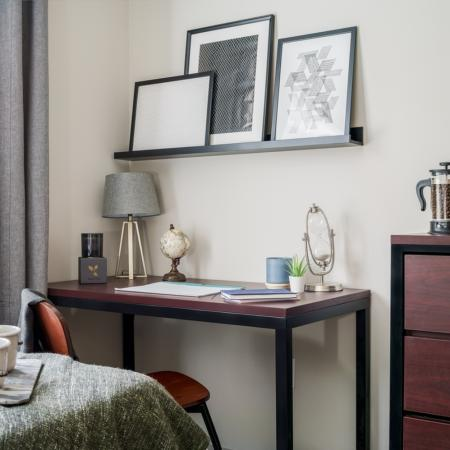 Desk in the Bedroom | Apartment Homes in Athens, OH | The Summit at Coates Run